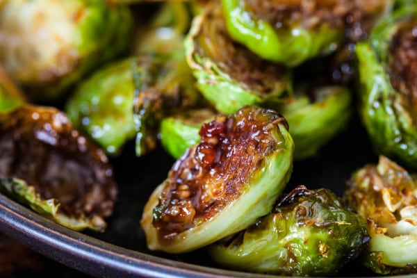 One of my all time favorite foods is brussel spouts, I love them boiled, roasted and barbecued, they are just so versatile. This yummy roasted brussels sprouts with apples and pistachios will pleaser any table.