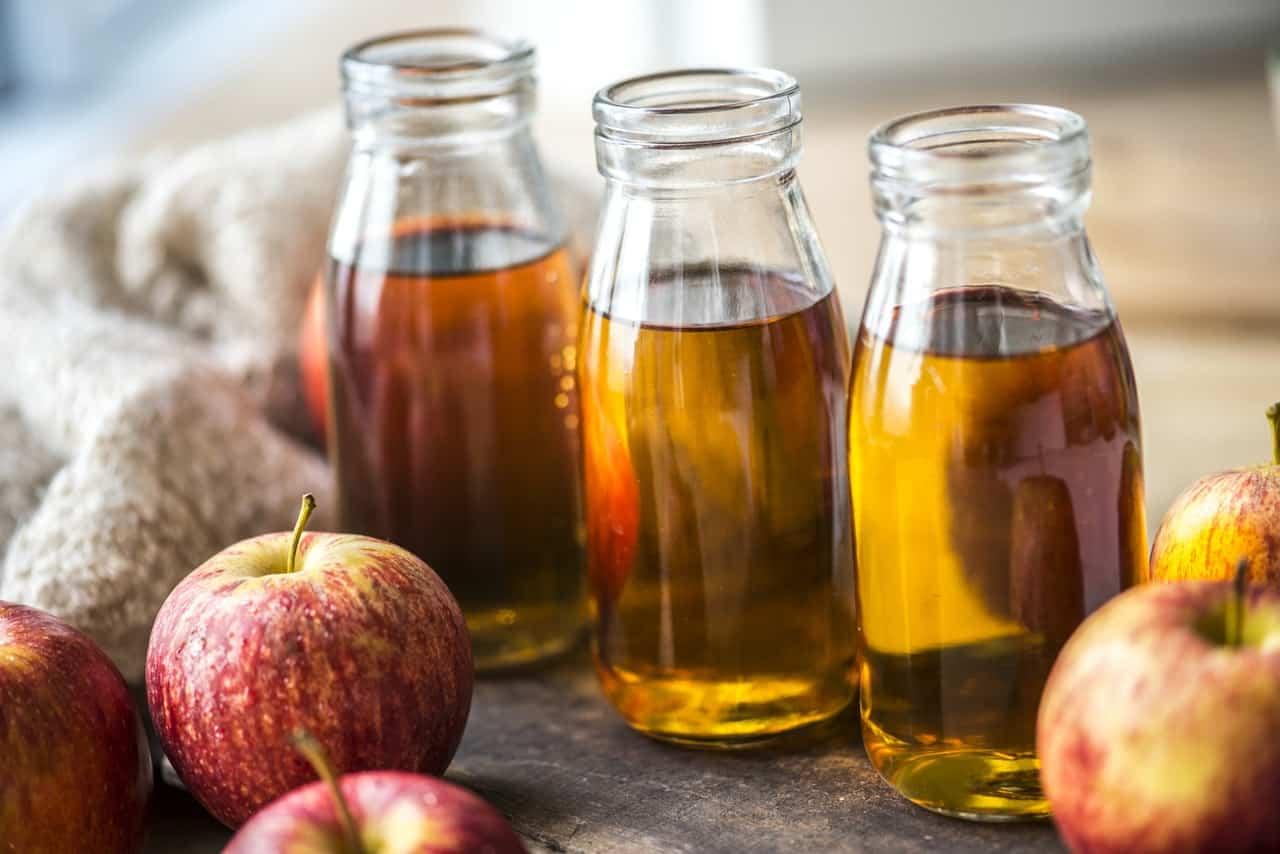 10 Science-Backed Benefits of Apple Cider Vinegar