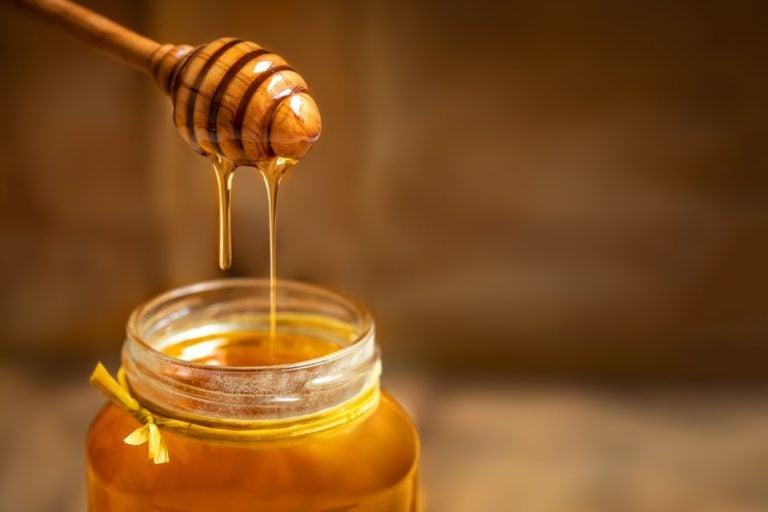 Antiviral Effects of Honey